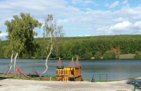detské ihrisko pri vodnej nádrži Duchonka